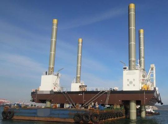 42m Jack Up Barge 2013 - Hyundai Built - 3200 Holding - 2400 Lifting For Sale