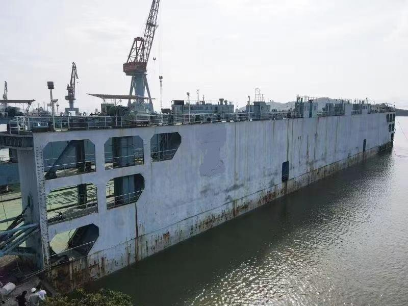 120m x 34m Floating Drydock 6000 ton Lift Capacity